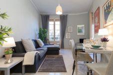 Apartment in Barcelona - SANT ANTONI BCN APARTMENT