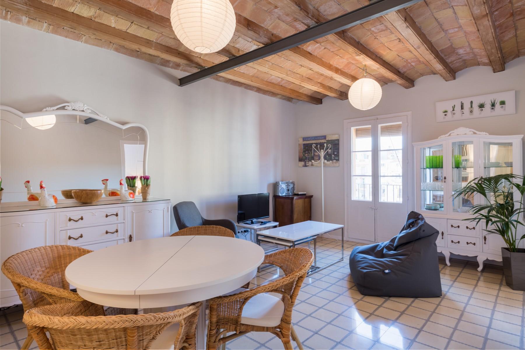 apartments in barcelona ciudad - white suite barcelona