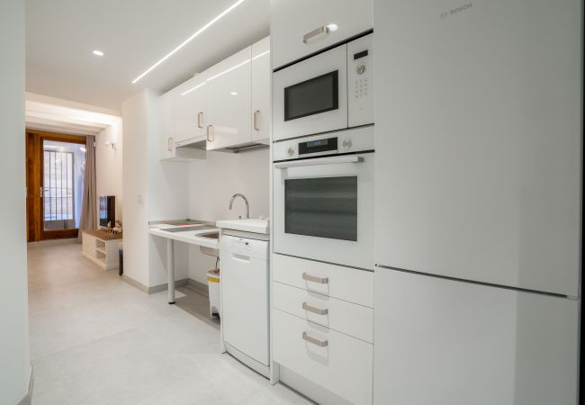 Apartment in Palma de Mallorca - URBAN SUITES GALLERY PALMA